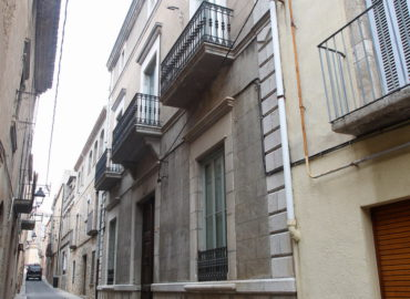 6. Carrer de l'Església and houses from the 16th and 17th centuries